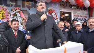 Özkaya : Bizler Bolvadin'de şahıslara değil, Bolvadin halkına destek verdik