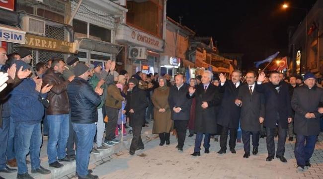 Akparti Bolvadin'de beka yürüyüşü yaptı