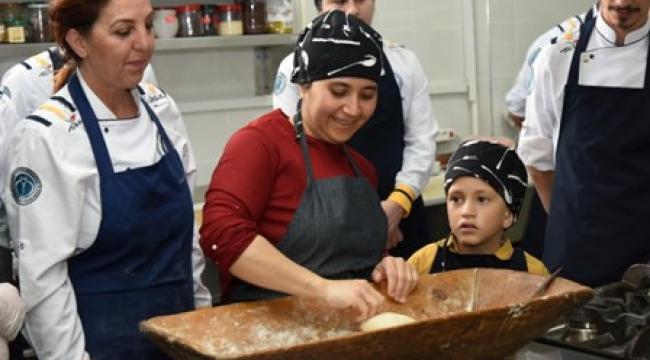MYO Aşçılık Programı Öğrencileri Afyonkarahisar'ın Geleneksel Lezzetleriyle Buluştu