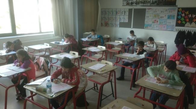 TED Afyon kolejinde tam eğitim bursluluk sınavı yapıldı.