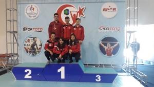 Yıldızlar Halter Şampiyonasından sporcularımız madalya ve derecelerle döndüler.