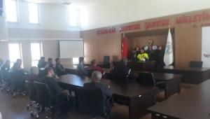 """Yükümlülere """"Trafik Kuralları"""" konulu seminer verildi."""