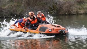 Afyonkarahisar AFAD gölette kurtarma tatbikatında destan yazdı