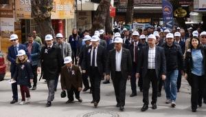 """Afyonkarahisar'da """"Otizm Farkındalık Yürüyüşü """""""