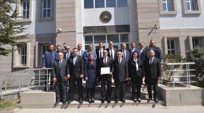 Başkan Mustafa Çöl Mazbatasını Törenle Aldı