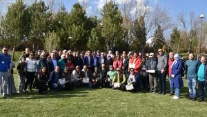 Kamp ve Karavan Tutkunları Sandıklı'da Bir Araya Geldi