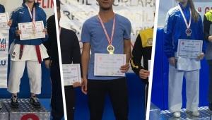 Karateciler biri altın 3 Madalya ile Afyonkarahisar'ın gururu oldular