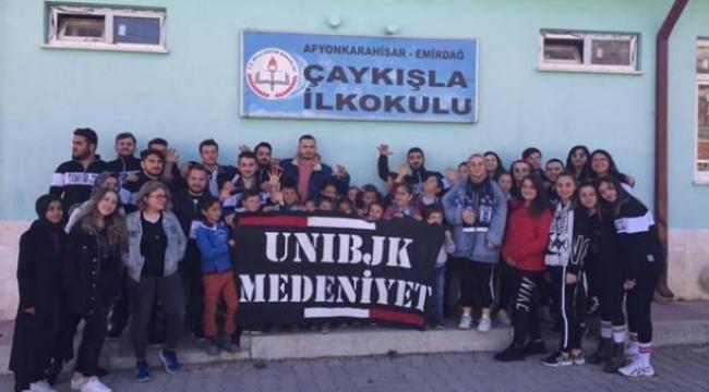 Medeniyet Üniversitesi öğrencilerinden Çaykışla köyüne kütüphane
