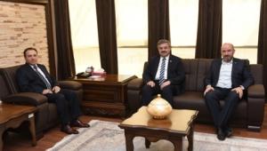 Rektör Karakaş'a Hayırlı Olsun Ziyaretleri Başladı