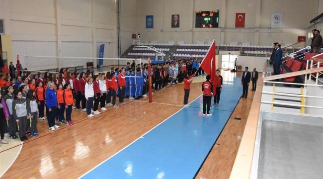 Türkiye Yıldızlar Voleybol Yarı Finalleri Afyon'da
