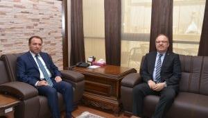 Vali Tutulmaz'dan Rektör Karakaş'a İade-İ Ziyaret