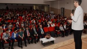 Yazar Serkan Şengül'ün Konferansına yoğun ilgi