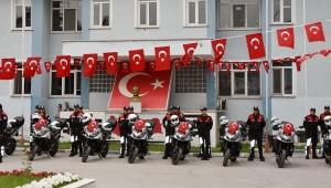 10 Yeni Motosiklet Törenle Motosikletli Polis Timlerinin Hizmetine Sunuldu