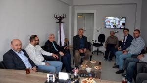AK Parti İl Başkanı Sezen engelli bakım merkezini ziyaret etti