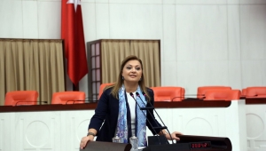CHP'li Köksal : Atatürk posteri neden asılmadı?