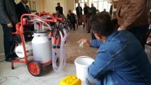Emirdağ'da Süt Üreticilerine Hijyen Eğitimi
