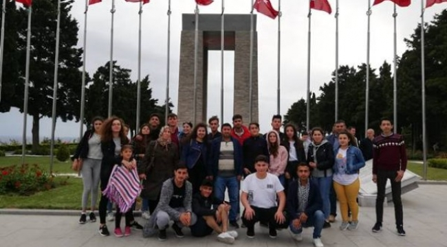 Emirdağlı Öğrencilerden Ecdada Saygı Gezisi