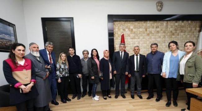 Engelliler Meclisi'nden Başkan Zeybek'e Ziyaret