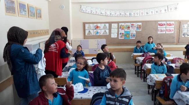 Gençlik Merkezinden İsçehisar'da Gönüllük Hareketi