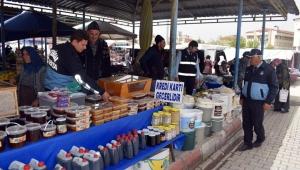 İscehisar Belediye Zabıtası Pazar Yerini Denetledi