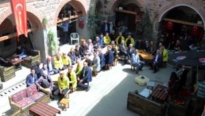 İTO Futbol Takımı, Afyon'un Tarihi Mekânlarını Ziyaret Etti