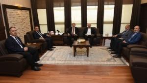 Milletvekili Eroğlu'dan Rektör Karakaş'a Hayırlı Olsun Ziyareti