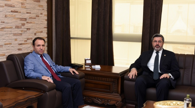 Milletvekili Özkaya Rektör Karakaş'ı Ziyaret Etti