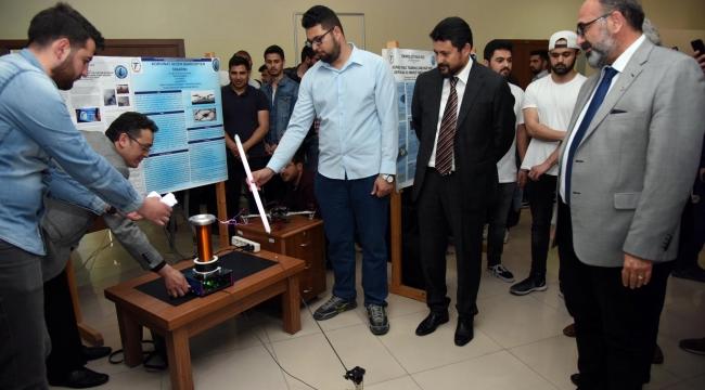 Teknoloji Fakültesi Bitirme Projeleri Sergisi Açıldı