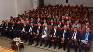 Vali Tutulmaz Emirdağ'da Muhtarlarla Bir Araya Geldi