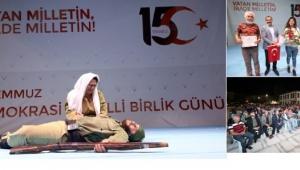 İsmail Gülnar Tiyatrosu'ndan Muhteşem Gösteri