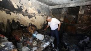 Başkan Zeybek Yangında Zarar Gören Aileleri Ziyaret Etti