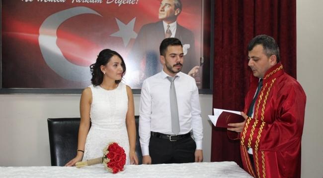 Emirdağ'da Resmi ve Dini Nikah Bir Arada