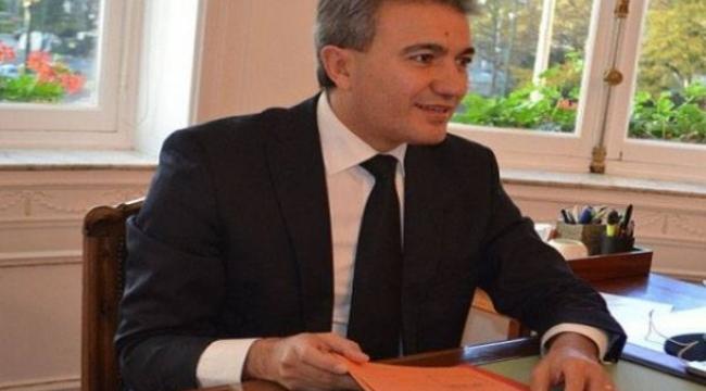 Afyonkarahisarlı Türk kökenli Belediye başkanı Emir Kır Partisinden ihraç edildi