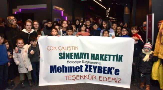 Başkan Zeybek'in Tatil Hediyesi 'Rafadan Tayfa' Çocuklarla buluştu