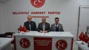 Başkan Zeybek'in yanındayız