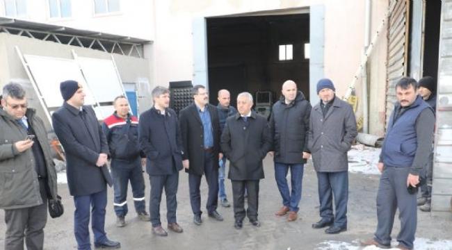 Başkan Zeybek'ten Personeline Ziyaret