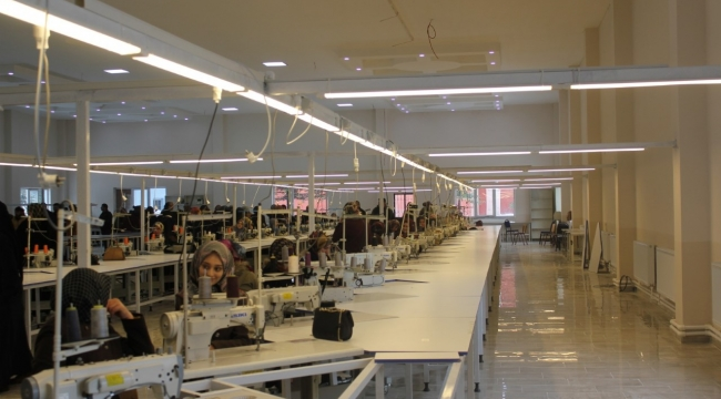 Döğer'de tekstil fabrikası üretime başladı