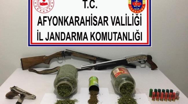 Uyuşturucu satıcısına suçüstü operasyonu 1 gözaltı