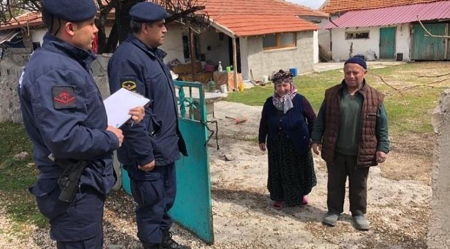 65 yaş üstü vatandaşa ilk hizmet Dinar jandarmasından