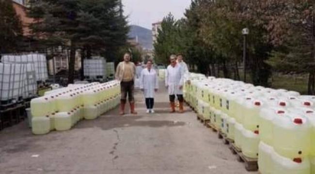 Afyon Gazi Meslek Lisesi 150 ton hijyen malzemesi üretti