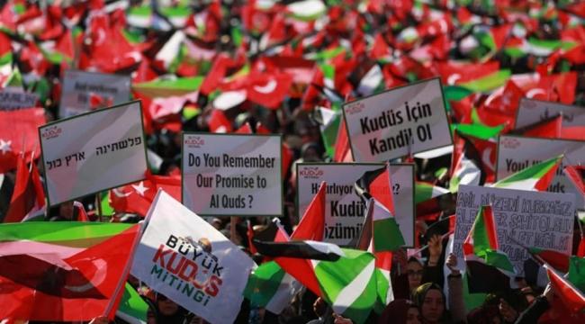 Ayağa Kalktık, Haykırdık: Kudüs İslam'ındır