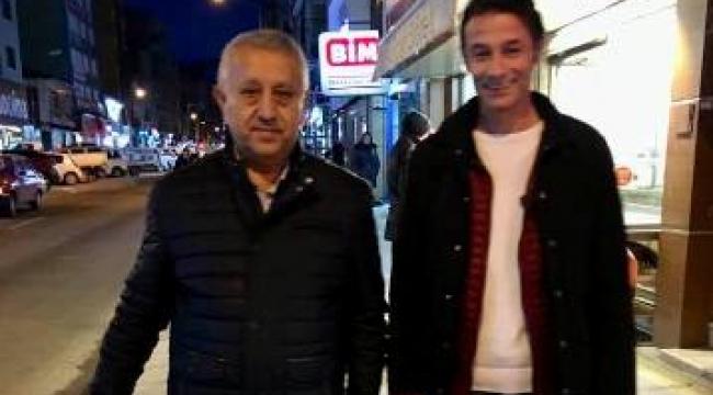 Gönüllerin Adamı Gönül Belediyeciliğinin Başkanı Mehmet Zeybek