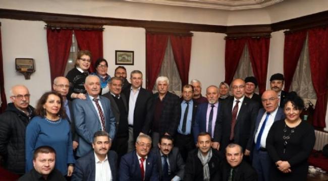 Görkemli Konakta Türküler Dolusu Şiir Gecesi