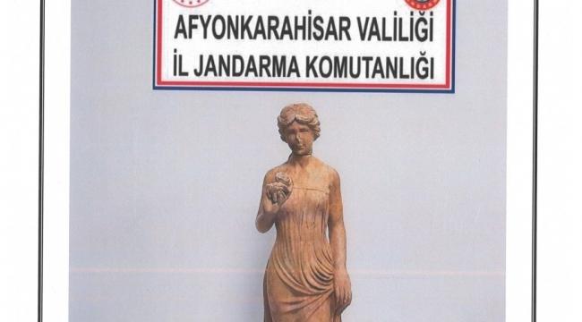 Son Dakika…..Afyonkarahisar'da tarihi eseri satmak üzereyken yakalandılar