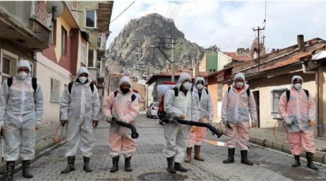 Afyonkarahisar'da Çöp Konteynerleri Dezenfekte Ediliyor
