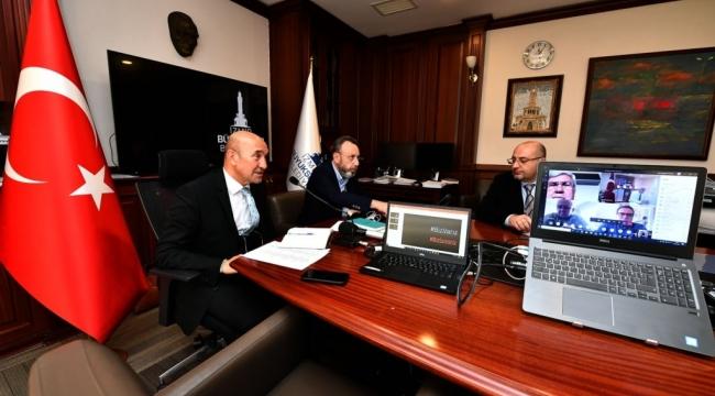 İzmir BB Başkanı Soyer : İzmir'de çığ gibi büyüyen bir dayanışma ağı var