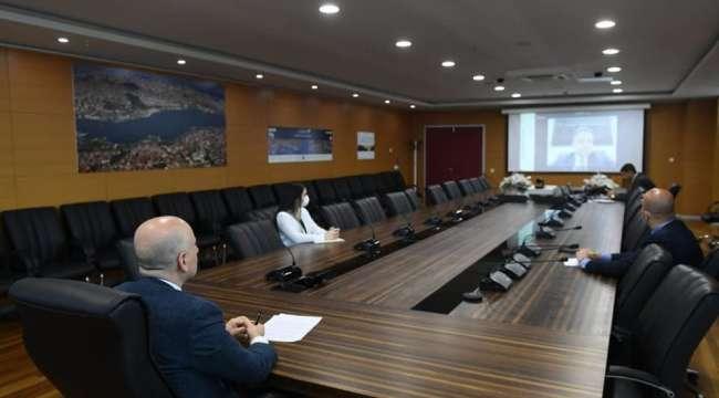 Bakan Karaismailoğlu, dijital ortamda düzenlenen Kamu Bilişim Dijital Zirvesi'nde konuştu