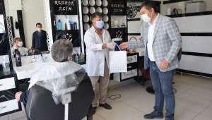 Çay Belediye Başkanı berber ve kuaförleri ziyaret etti