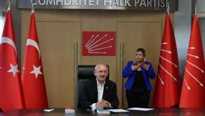 CHP Genel Başkanı Kemal Kılıçdaroğlu, engellilerle bir araya geldi
