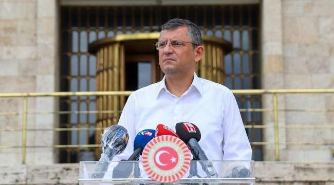 CHP Grup Başkanvekili Özel : Sandığa ve demokrasiye sarılmaya devam edeceğiz